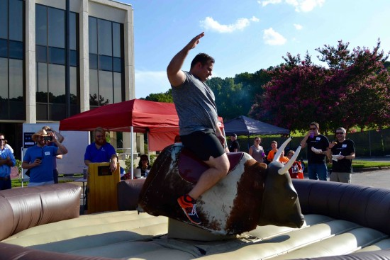 mechanical bull riding 3
