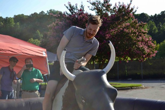 mechanical bull riding 7